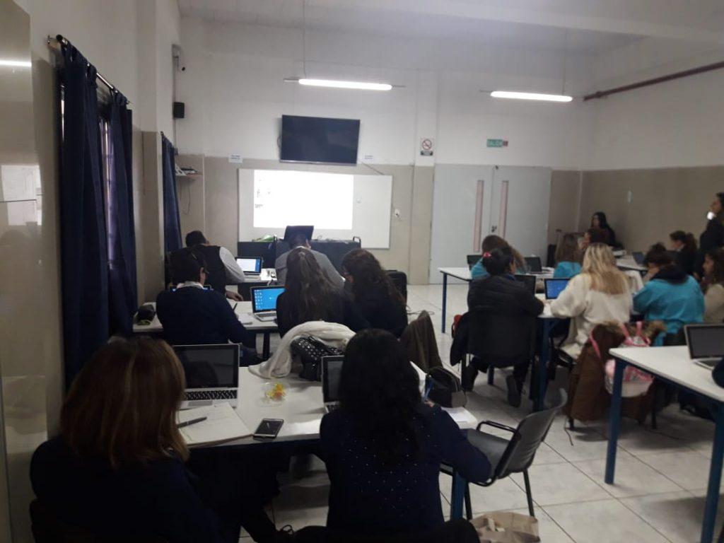 Capacitación docente en soportes digitales